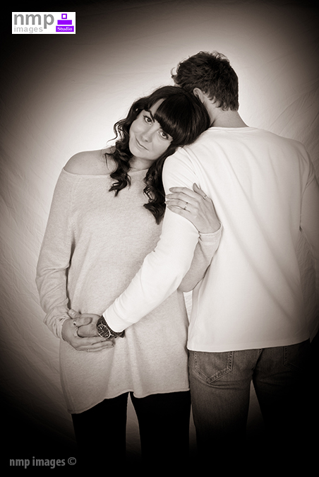 maternity photography, in reading berkshire, hampshire, bracknell, studio, wokingham photographer, family portraits